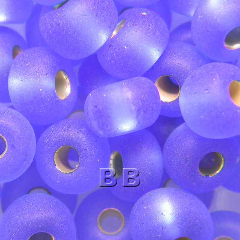 Boundless Beads Light Blue Silver Lined Matt 5/0