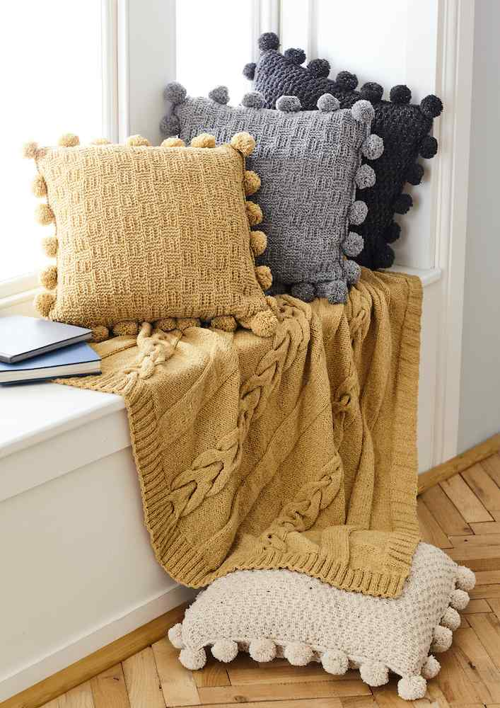 King Cole Forest Aran Pattern 5661 Throw & Cushion Covers
