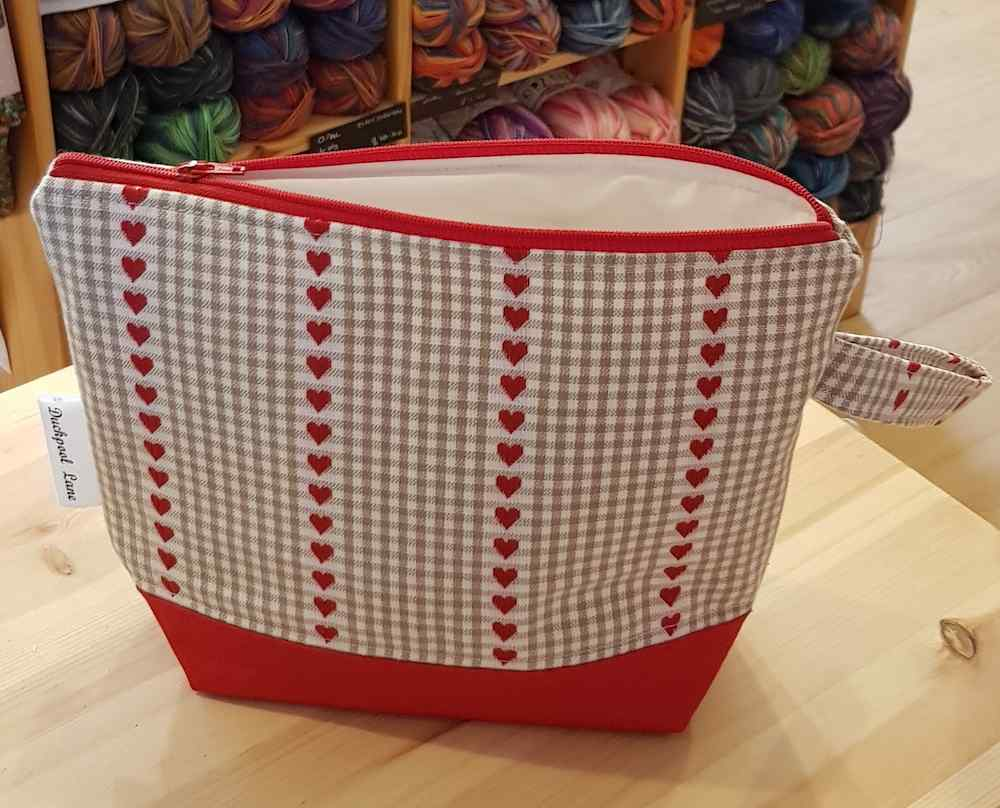 Small Zipped Project Bag Hearts