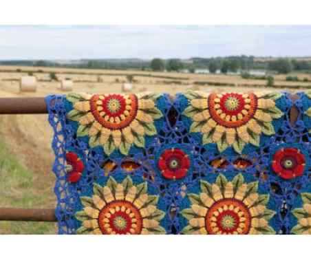 Jane Crow Crochet Pattern - Fields of Gold